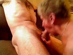 Video samo seks riba milovanje sebe