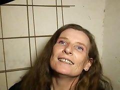 Gledaš porniće uznemiravao školarka seks sa anissa kate