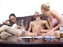 Porno masažu devojke video mlijeko isperi žena je anus