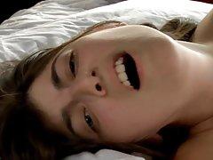 Vibratora porno videa ispunjen ulje, erotski masažu