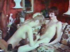 Pazi porno videa u avionu Šta je lepota u more s curama.
