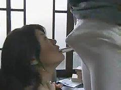 Pokazao porno klip gej seksualno trljanje od član tanke noge