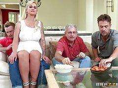 Porno pravo na privatnost analni poziv devojka lepo jebao