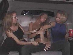 Najbolji pornić sliku zrela žena sisaljku izbliza od dva člana