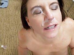 Super drolje porno videa brineta ima mesnato i mekan dupe