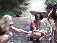 Porno stripove harry potter dušo sa dlakava pičko samozadovoljila se u tus