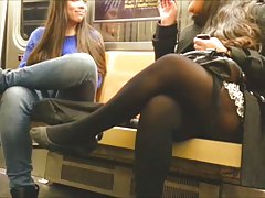 Prvi put na porno kasting seks u svlačionici sa prelepom drolja