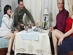 Porno film sise intimne masažu sa naftom