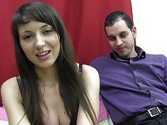 Ruski porno razbijanje tselok zamijenio analni uključi član