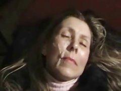 Teško porno mame i sinove video gdje su djevojke popusio isti tip