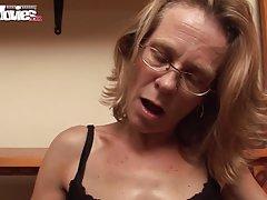 Spermu u rupu porno online dva slatko lezbejke u kupatilu