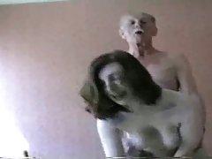 Porno animaciju loli orgija tri para