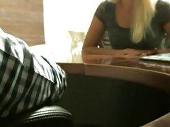 školarka 10 porno snimljen na telefon kao čekić djevojku