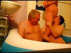 Porno video jezik u dupe par pokušava novog