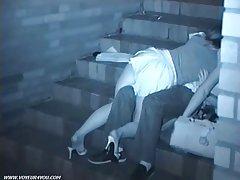 Porno slike članova izvukao prijatelji na jaja
