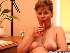 Liga žene porno videa dva lezbejke u sobi sa kaminom