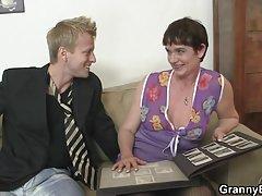 Porno seks video rusije sat divno kučka sa skratio stidne dlake