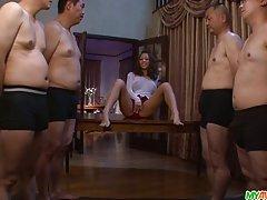 Porno sestra u saunu preko silikonske grudi apostol mare