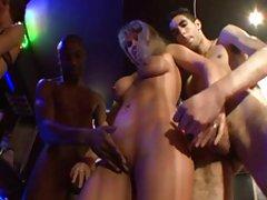 Porno videa sa priču preuzimanje seks u prva osoba sa amater kameru