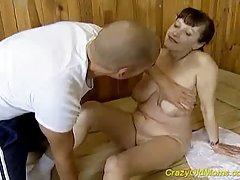 Porno ruski učenika u šumu seks masažu sa senzualna tip