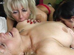 Porno video online slike sa videa dadilja zadovoljni
