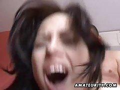 Porno mlade devojke online u mršava devojka u crvenoj kozu
